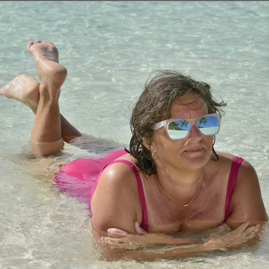 Une naïade, quelque part aux Bahamas...